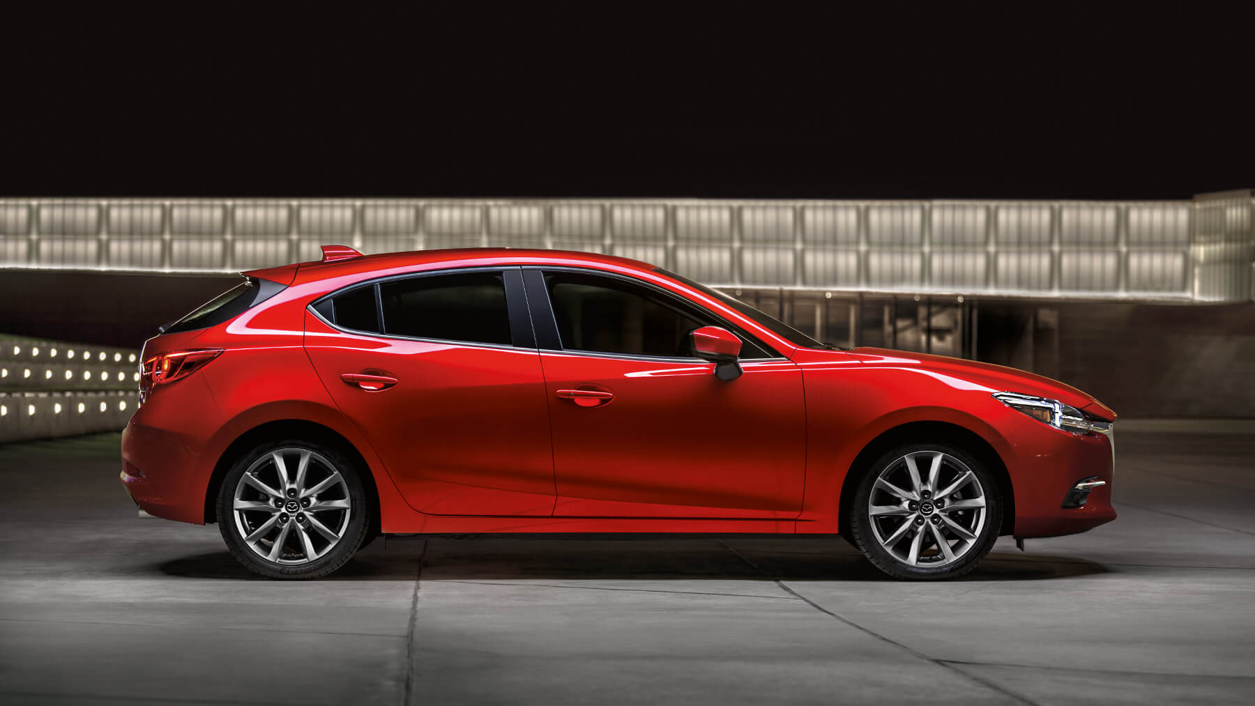 2018-mazda-3-hatchback-soul-red