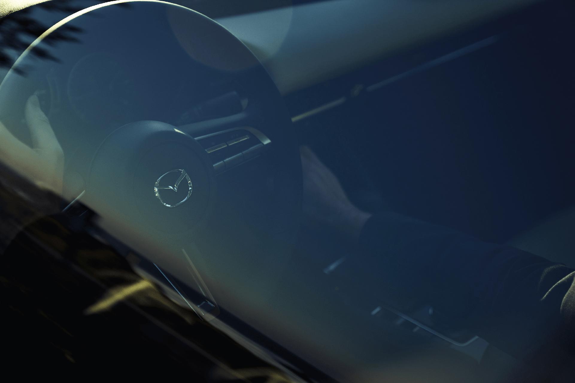2019_Mazda3 Sedan_Magazine_Issue34_Pacific Coast Highway_(2)_png (1)-min